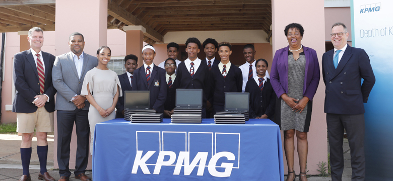 KPMG in Bermuda Supports Dellwood Middle School with Information