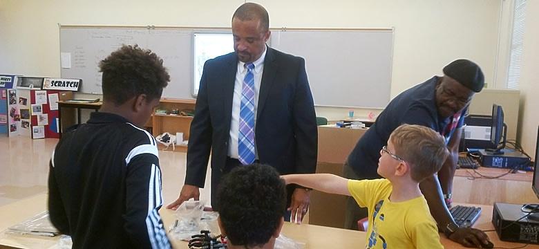 Minister Education, R Wayne Scott at STEAM summer camp